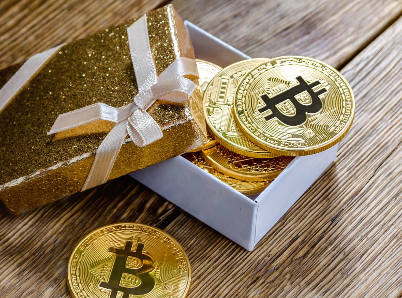 Россияне отказываются от Bitcoin в качестве подарка на НГ