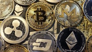 Как заработать на новых криптовалютах?